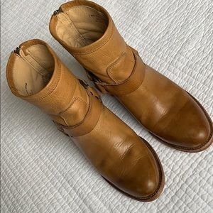 """Frye """"Tabitha"""" harness boots, 7.5 camel color."""